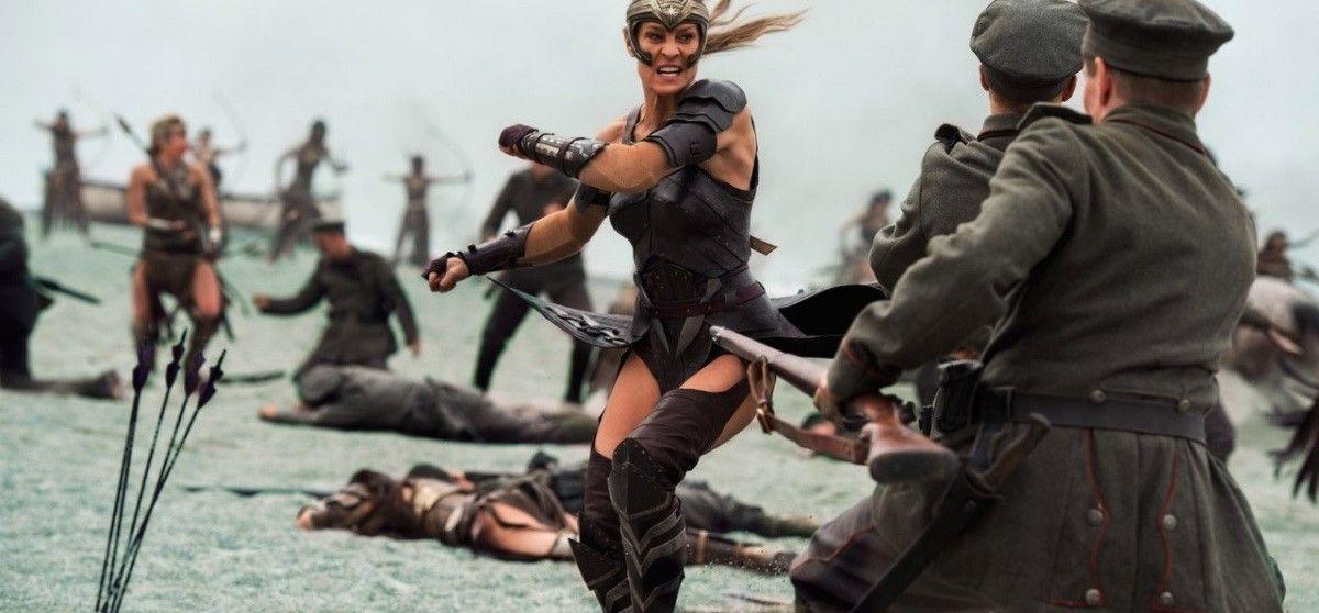 Чудо женщина Wonder woman 2017 - кадр из фильма 16