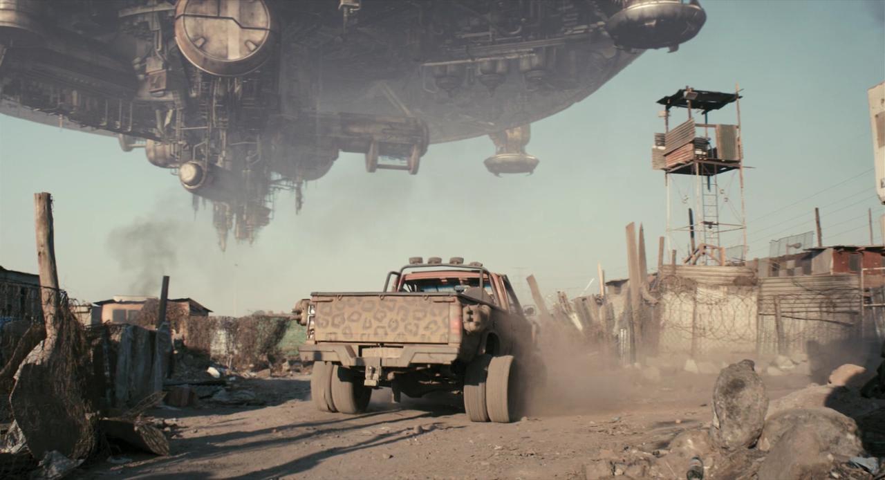 Кадры из фильма Район №9